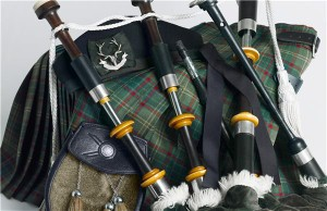 Bagpipe player raises £10,000 for charity