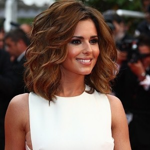 Cheryl Cole 'to try online dating'