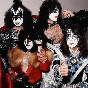 Kiss to donate gig profits to Help for Heroes
