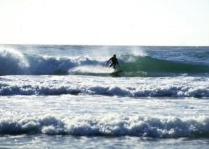 Man surfs 78ft monster wave