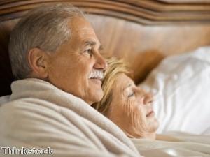 Older men given online dating tips