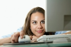 What should you reveal about yourself on an online dating profile?