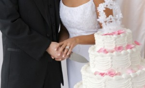 Online daters tie the knot